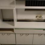 DIY キッチン編 vol.11 棚にペンキを・・・